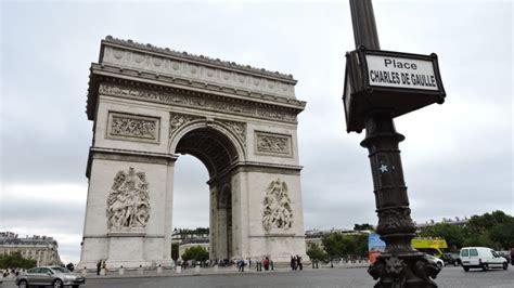 Souvenir Arc De Triomphe Oleh Oleh Perancis berlibur dan mengenang kaisar perancis di arc de triomphe katalog tempat wisata liburan