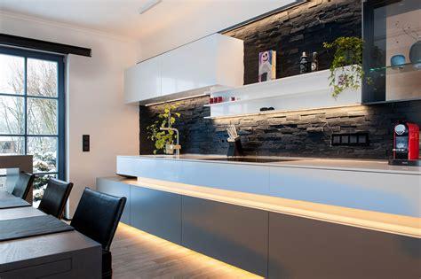 beleuchtung mit led moderne wohnr 228 ume mit stimmiger led beleuchtung gestalten