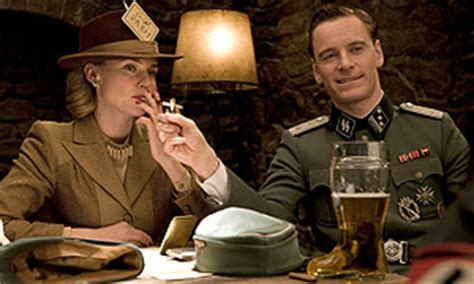 erster film von quentin tarantino quentin tarantino talks inglourious basterds rt interview