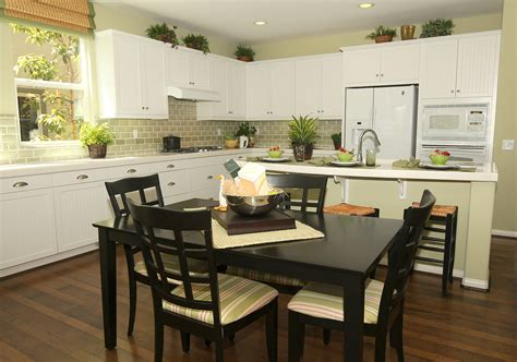 traditional white kitchens traditional home kitchens decobizz com