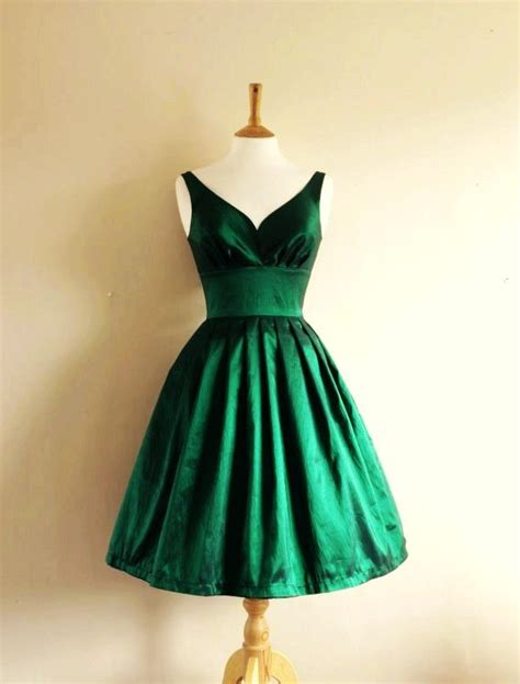 Get A Tone Green Dress Like Garners From Appearance On Letterman by Emerald Green Bridesmaid Dresses My Style