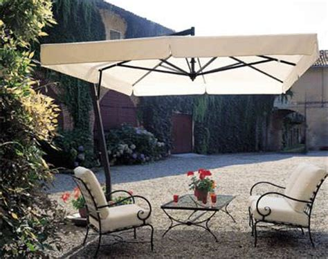 cantilever patio umbrella buyer s guide yard surfer