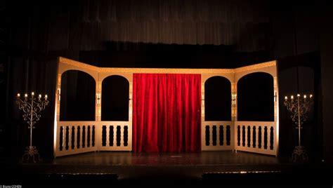 Decor Theatre by D 233 Cor De Th 233 Atre Sur Roulettes Mynaturebox