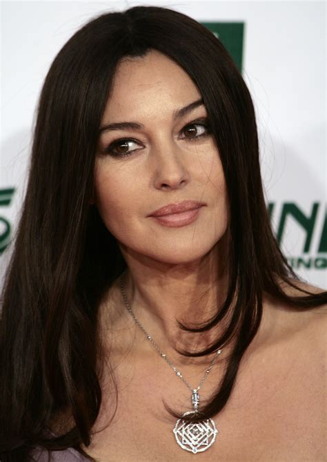 monica bellucci awards file monica bellucci women s world awards 2009 b jpg