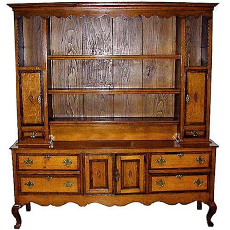 Whats A Hutch The Buzz On Antiques What S The Difference Between An