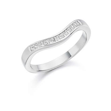 platinum 0 25ct princess cut diamonds curved band vintage