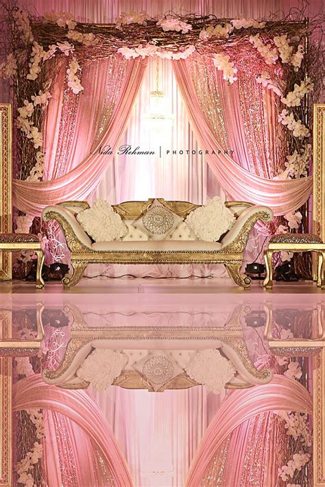 Wedding Backdrop Stand – Best 25  Wedding background ideas on Pinterest   Tulle