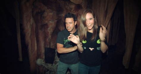 andy and jacqueline brave the haunted house ellentv