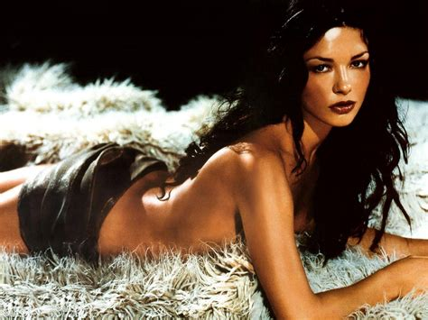 Catherine Zeta Jones Hot Wallpapers Bikini Sexy Photoshoot Girls Wallpapers Movie Dvd Music