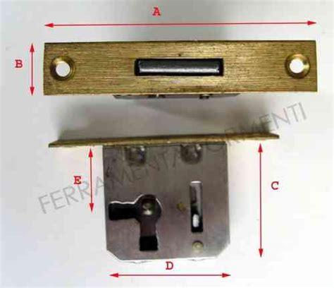 serrature antiche per mobili serratura da infilare per cassetto antina mobile formenti