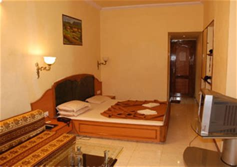Hotel In Matheran With Bathtub by Kumar Plaza Matheran Hotel Overview Ratings