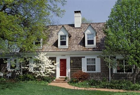 cedar shake house cottage with cedar shake siding roof home pinterest cottages shake and love