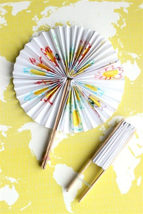 years crafts 25 best ideas about paper fans on paper