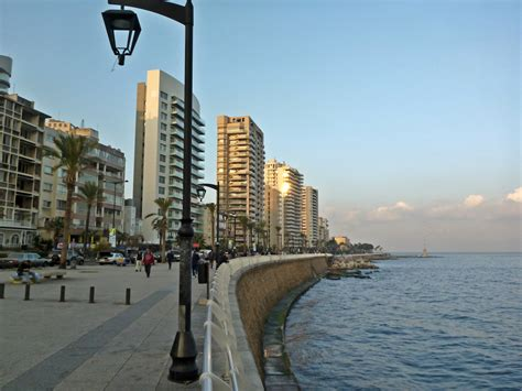 Beirut Free File Beirut Corniche Jpg Wikimedia Commons