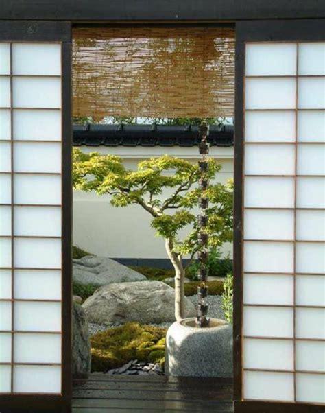 sofa tiefe sitzfläche einrichtungsideen im japanischen stil zen ambiente knutd