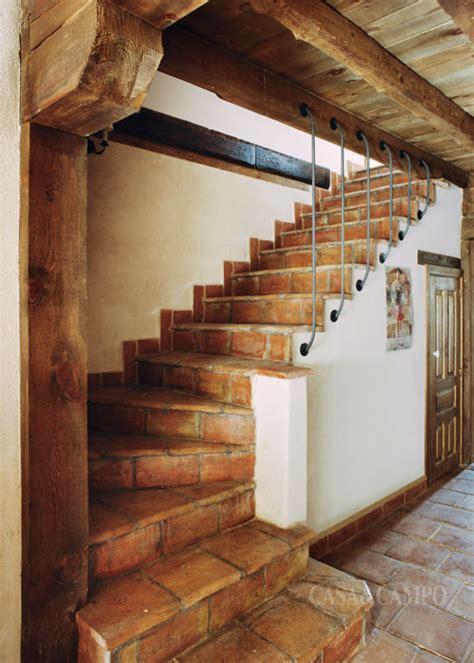barandillas prefabricadas el pasillo y las escaleras casa y co