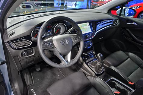 opel cars interior image gallery 2016 astra tourer