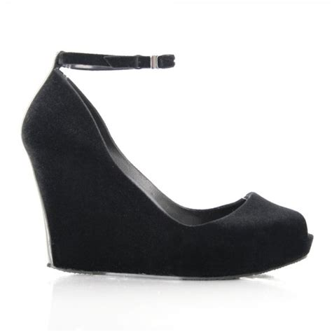 black patchuli s wedge shoe