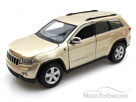 jeep toy car jeep grand cherokee laredo suv gold maisto 31205 1 24