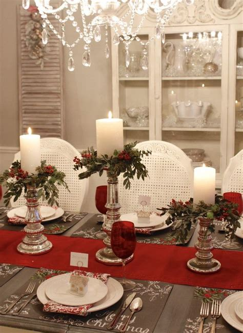 christmas centerpieces for round tables 705 best christmas tablescapes images on pinterest