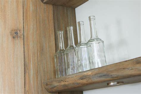 houten planken keuken tijdloze keuken met landelijke accenten tinello