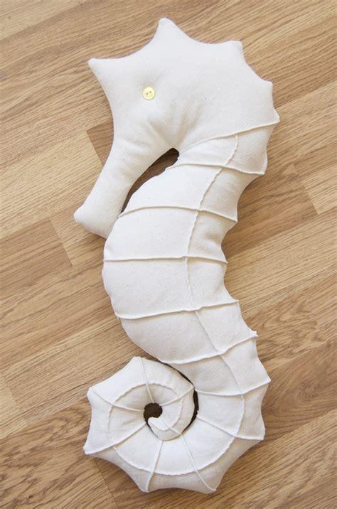 seahorse bedding best 25 seahorse nursery ideas on pinterest mermaid