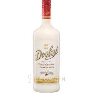 Dooley s white chocolate cream liqueur 0 7 l beowein mail order