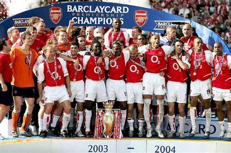 arsenal unbeaten record can united or city match arsenal s famous unbeaten season