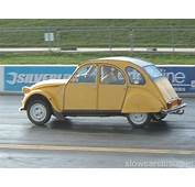 Citroen 2CV Drag Racing