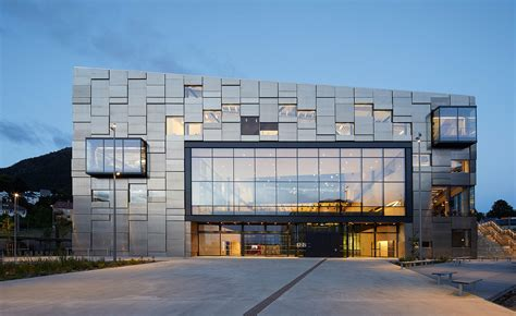 design academy eindhoven university of professional education new university buildings are a lesson in architecture