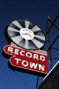 Records Chicago Il 1000 Images About Cool Signs On Vintage Neon