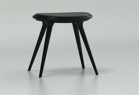 low stool by mater stylepark