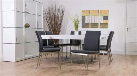 White Square Dining Table For 8 Large Square White Oak Dining Table Trendy Glass Legs Modern Chairs