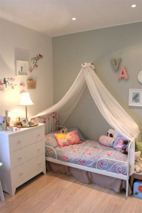 8 year old girl bedroom nice and gentle bedroom for a six year old girl kidsomania
