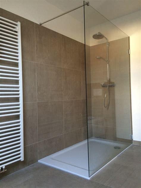 dusche trennwand duschabtrennung und duschtrennw 228 nde glas die glaserei