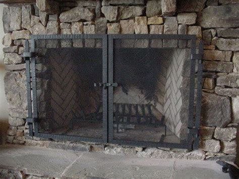 Rustic Fireplace Screen by 25 Best Ideas About Rustic Fireplace Screens On