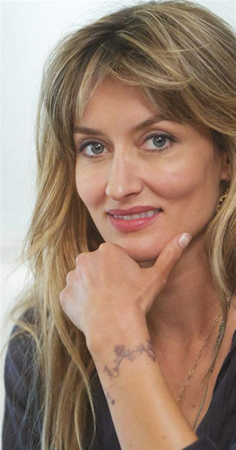 natascha mcelhone wrist tattoo i ve always looked for my age by natascha mcelhone