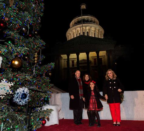 sacramento capital christmas decorations lake county news california award winning independent local news gov brown hosts 86th