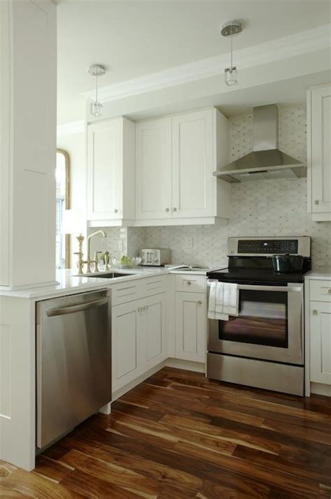 sarah richardson kitchen design like this look source sarah richardson design u shaped
