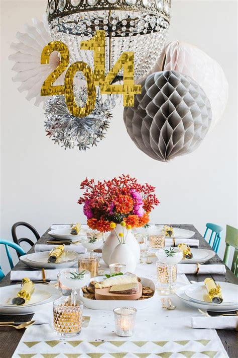 new years colors 35 black and white new year s eve party table decorations