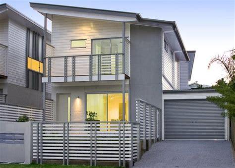 Lovely Narrow Lot Small House Plans #2: 146fr_600.jpg
