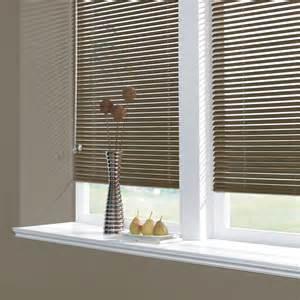 aluminium venetian blind venetian blinds are ideal for meeting rooms dubai blinds