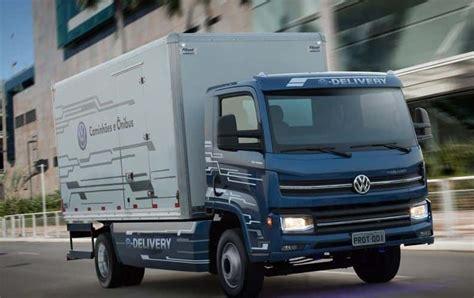volkswagen truck volkswagen to launch heavy duty electric trucks and buses