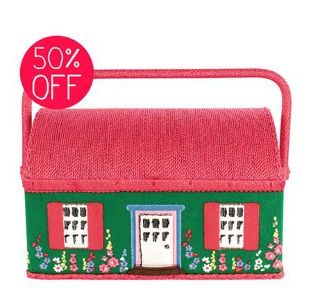 Cath Kidston 8811 by 我們看到了 我們是生活 家 英國品牌cath Kidston 可愛的針線籃小屋及小房子造型燈座