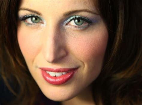 Tutorial Make Up Clio | clio make up trucco per avere occhi pi 249 grandi e pelle