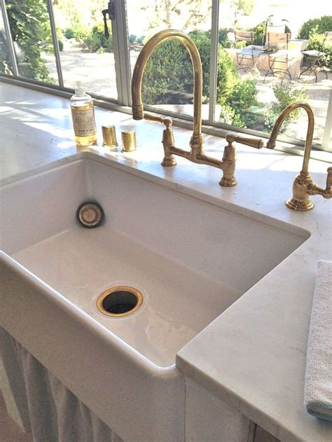 kitchen faucets for farmhouse sinks best 10 kitchen sink faucets ideas on apron sink farm sink kitchen and farmhouse