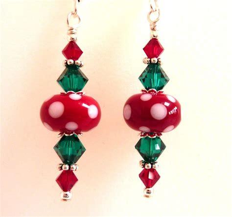 images of christmas earrings christmas earrings red green white glass beaded earrings