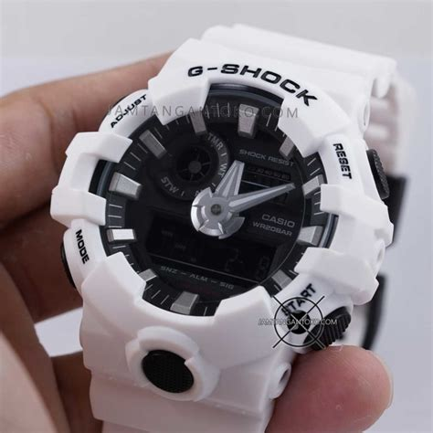 G Shock Warna Putih gambar g shock ori bm ga 700 7a warna putih on 2