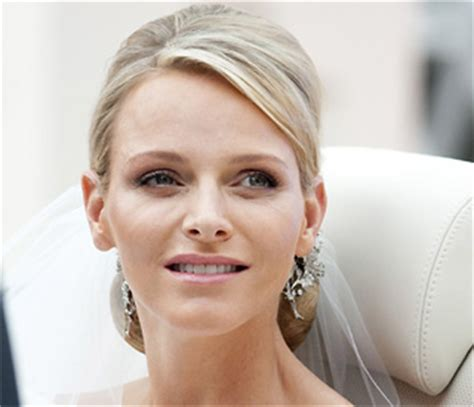 princess charlene wedding hair hellomagazine princess charlene in keeping with