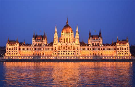 house build file parliament building budapest outside jpg